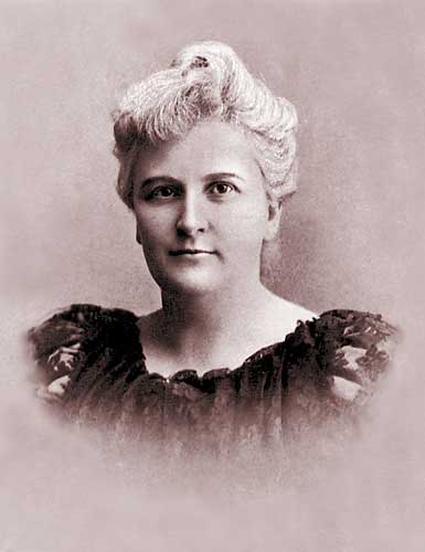 an analysis of the novels characters in the awakening by kate chopin A comprehensive book analysis of the awakening by kate chopin from the novelguide, including: a complete summary, a biography of the author, character profiles, theme analysis, metaphor analysis, and top ten quotes.